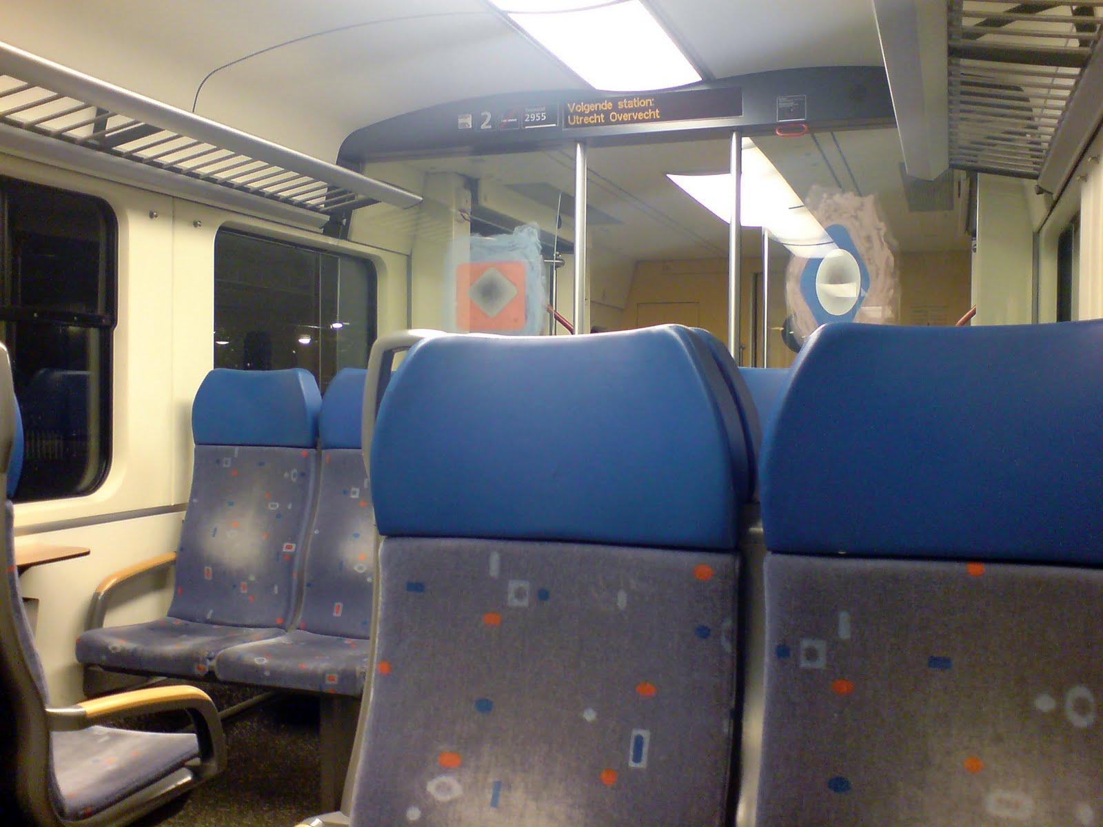 November 2009 suzanne brink for Auto interieur reinigen utrecht